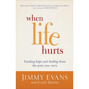 ISBN When Life Hurts (Finding Hope and Healing from the Pain You Carry) book English Paperback 240 pages